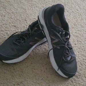 New Balance Abzorb shoe